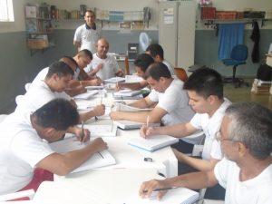 OPORTUNIDADE PELA EDUCAÇÃO
