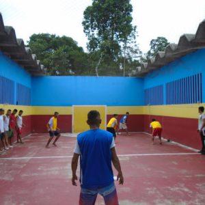 Presos de Itacoatiara participam  de torneio de queimada