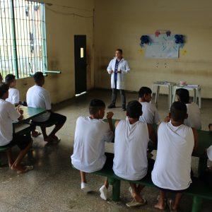 Presos do Ipat recebem informações sobre H1N1 dias antes da imunização